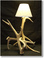 Red Deer Table Lamp – Blonde